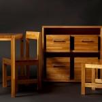 Masa, dolap, sandalye bir arada